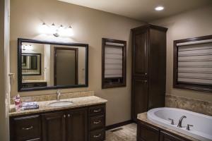 Showcase-13_1master-bathroom-